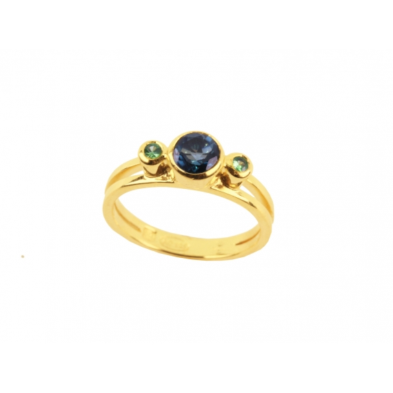 Manon ring - Blue London Topaz & Garnets