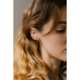 18k gold and diamond mono hoop earring