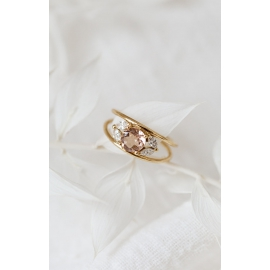 Flower ring - 18k gold, morganite and diamonds